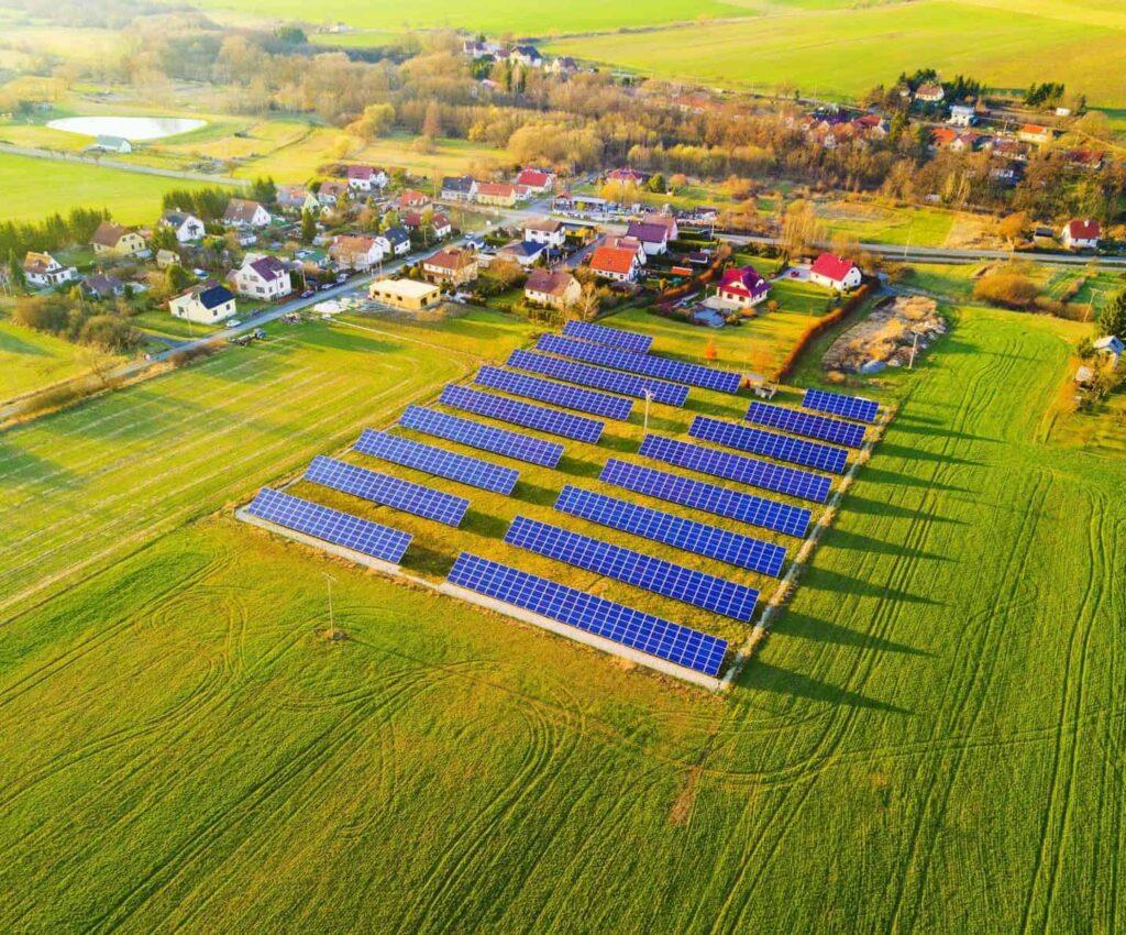 Farma fotowoltaiczna dla małego miasteczka