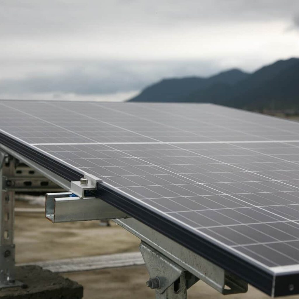 photovoltaic-5020807_1280 (1)